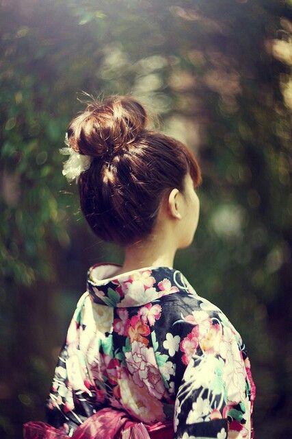 Búi tóc cao khi mặc kimono