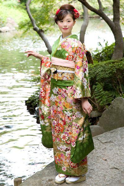 nhan may kimono tai nha